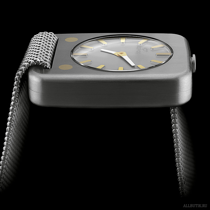 Ikepod Solaris watch in white gold