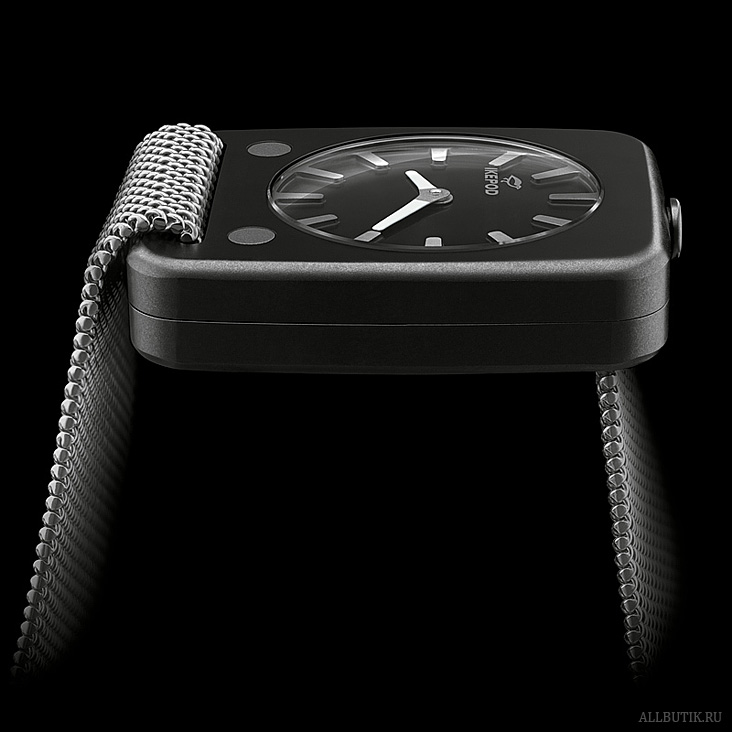 Ikepod Solaris watch in ceramic